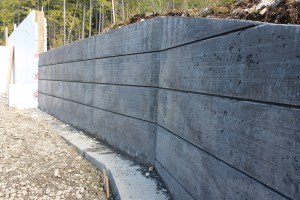 ENTRY TO GARAGE - RETAINING WALL